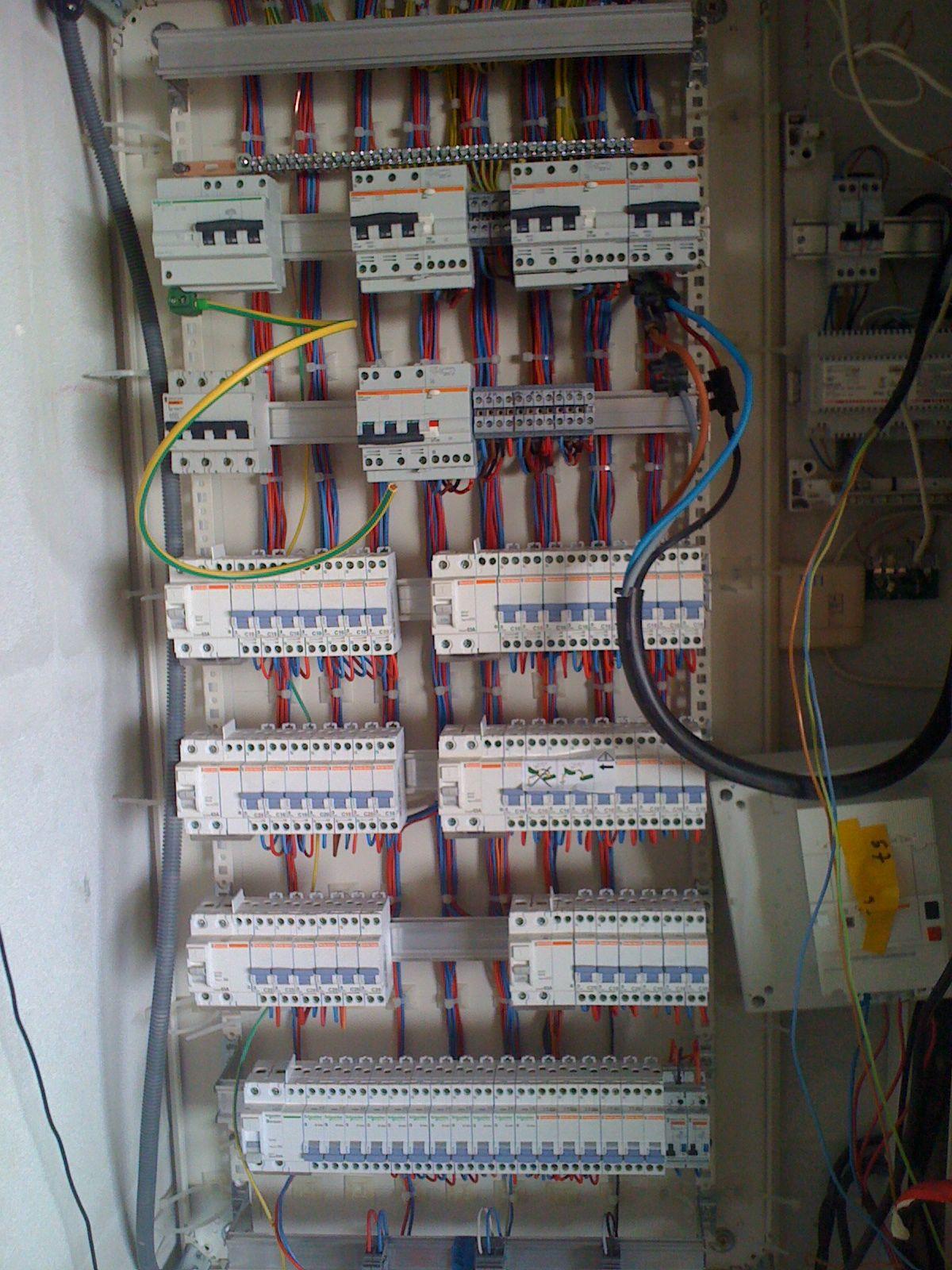 ELECTRICITé : expert électricité Alpes Maritimes